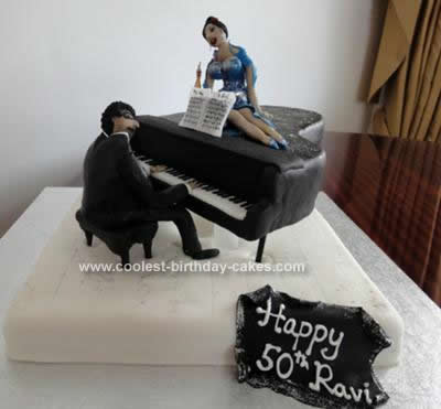 Grand Piano With Beyonce Cake
