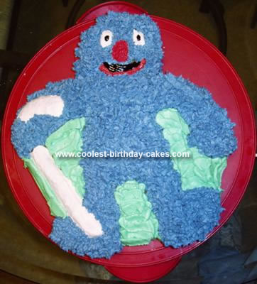 Grover (or Archibaldo from Plaza Sesamo) Cake