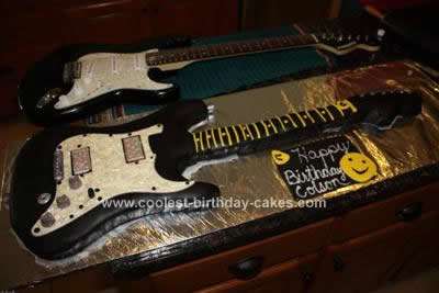 Coolest Guitar Cake Design