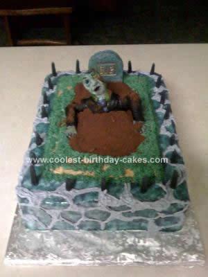 coolest-halloween-graveyard-cake-26-21374410.jpg