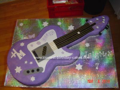 Homemade Hannah Guitar Cake