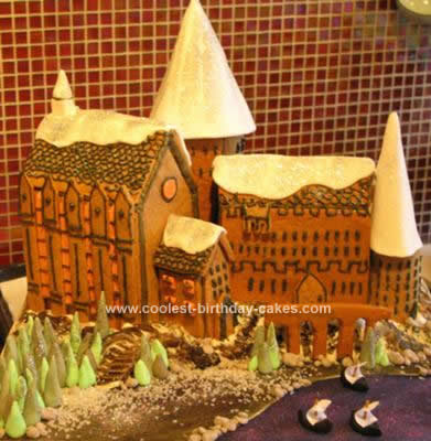 Homemade  Harry Potter Gingerbread Hogwarts Cake