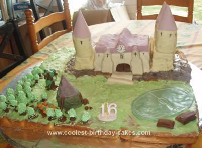 Homemade Hogwarts Birthday Cake