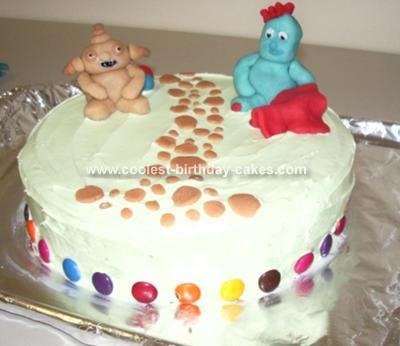 Igglepiggle and Makka Pakka Cake