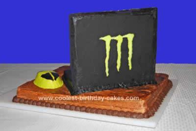 coolest-laptop-monster-computer-cake-13-21382389.jpg