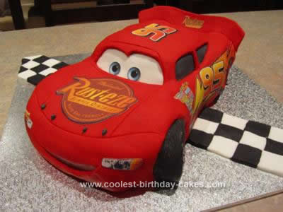 Awe Inspiring Coolest Lightning Mcqueen Cake Personalised Birthday Cards Veneteletsinfo