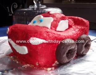 Lightning NcQueen Cake