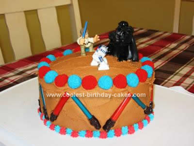 coolest-lightsaber-birthday-cake-11-21380009.jpg