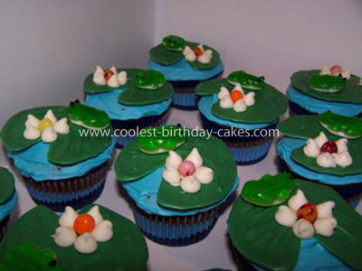 Coolest Lilly Pad and Frog Cupcakes