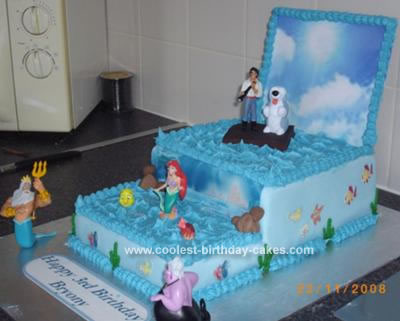 Little Mermaid Cake and Friends
