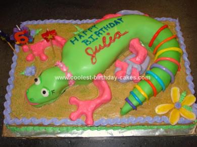 Coolest Homemade Lizard Cakes