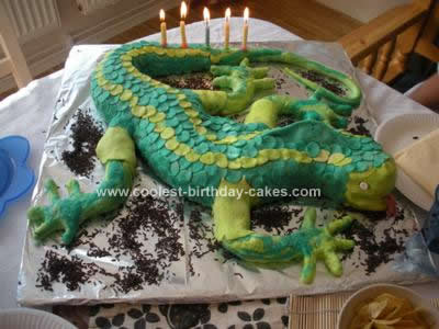 Homemade Lizard Birthday Cake Design