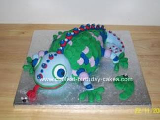 Homemade Lizard Chamelian Cake