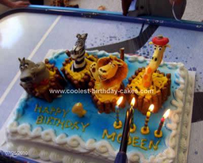 Pleasing Coolest Madagascar Birthday Cake Funny Birthday Cards Online Alyptdamsfinfo