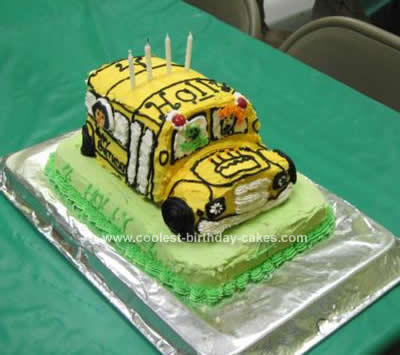 Homemade Magic Schoolbus Cake