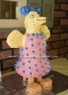 Homemade Maisy the Mouse Tallulah Bird Cake