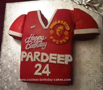 coolest manchester united jersey cake coolest manchester united jersey cake