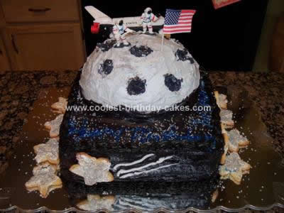 Homemade Moon Birthday Cake Design