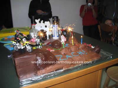 coolest-motocross-birthday-cake-4-21397359.jpg