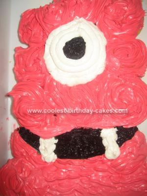 Homemade Muno Cupcake Cake