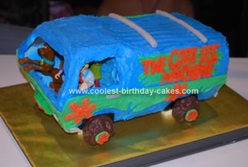 Homemade Mystery Machine Birthday Cake