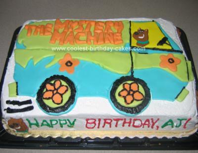 Homemade Mystery Machine Cake 31