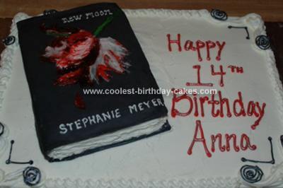 Homemade New Moon (Twilight Saga) Birthday Cake