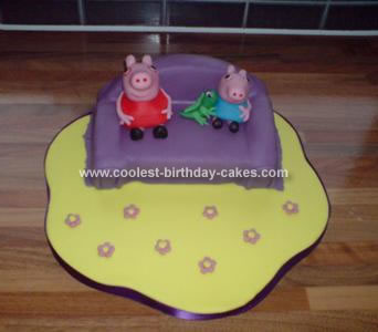 Homemade  Peppa Pig and George Cake