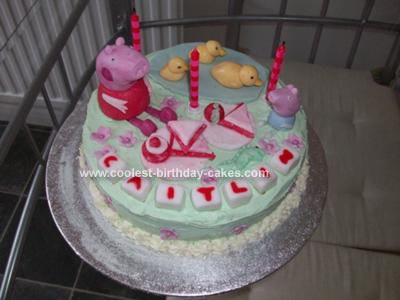 Homemade Peppa Pig and George Pig Picnic Cake