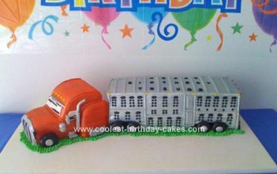 Homemade Peterbilt Potbelly Livestock Truck Cake