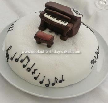 Homemade Piano Birthday Cake