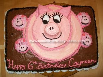 Homemade Piggy Birthday Cake