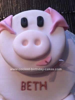 Homemade Piggy Birthday Cake Idea