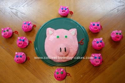 Homemade Piggy Cake and Cupcakes