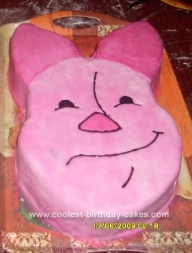 Homemade Piglet Birthday Cake