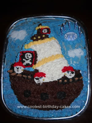 coolest-pirate-ship-birthday-cake-165-21632342.jpg
