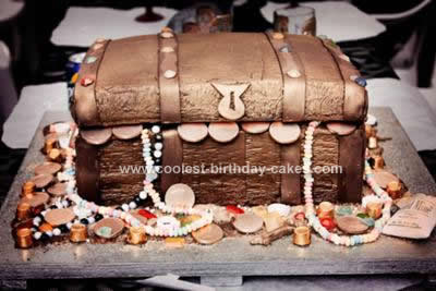 coolest-pirate-themed-treasure-chest-cake-98-21630422.jpg