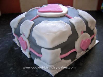Peachy Coolest Portal Companion Cube Cake Funny Birthday Cards Online Drosicarndamsfinfo