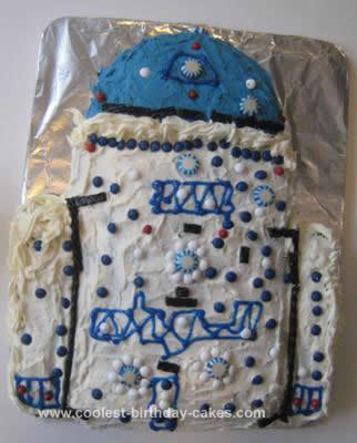 Homemade R2D2 Birthday Cake Design