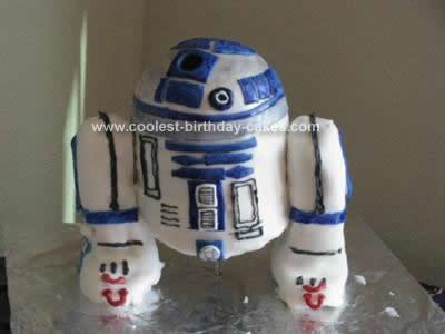 Homemade R2D2 Cake Design