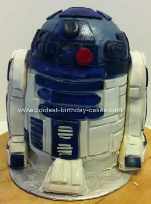 Homemade  R2D2 Cake Design