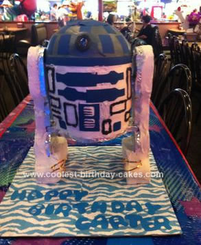Homemade R2D2 Star Wars Birthday Cake