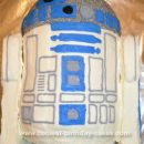 Homemade R2D2 Star Wars Cake