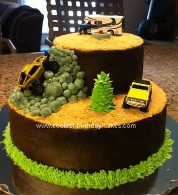 Homemade Rock Crawling Cake