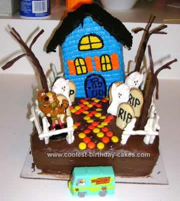 Cool Cool Homemade Scooby Doo Haunted House Cake Personalised Birthday Cards Epsylily Jamesorg