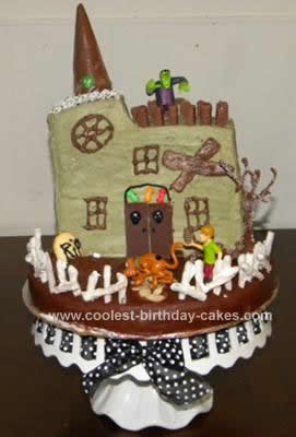 Marvelous Coolest Scooby Doo Haunted House Cake Personalised Birthday Cards Epsylily Jamesorg