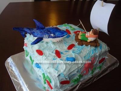 coolest-shark-encounter-cake-30-21335448.jpg