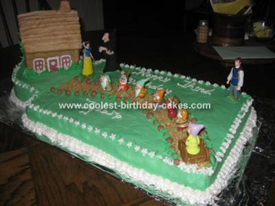 Snow White and Dwarfs Cake