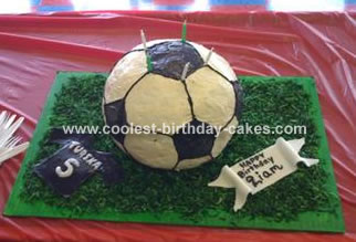 Wondrous Coolest Homemade Sports Ball Cakes Personalised Birthday Cards Veneteletsinfo