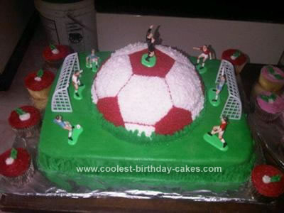 Homemade Soccerball Birthday Cake